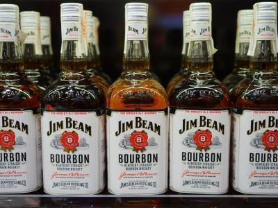 butelki burbonu Jim Beam